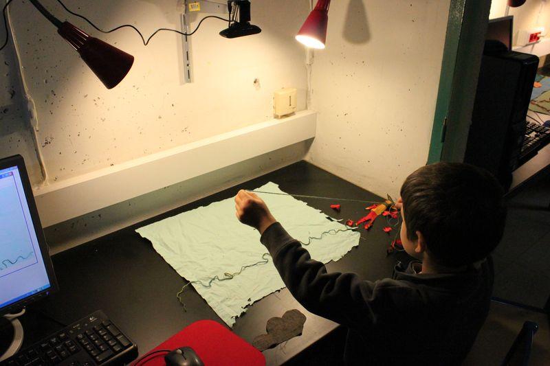 Expériences numériques 10 le 16 mars 2013: Atelier de cinéma d'animation autour du tissu animé